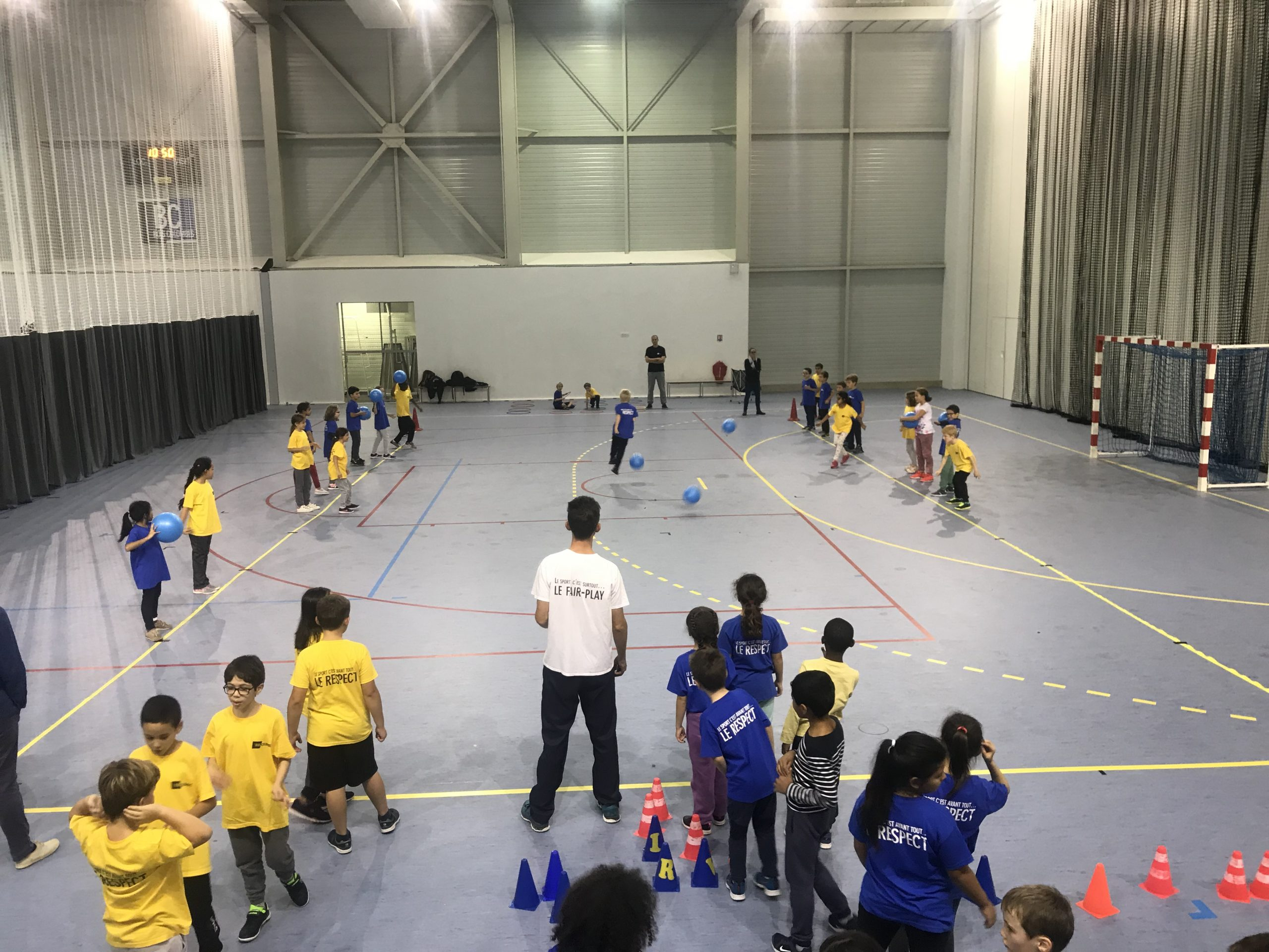 Enfants participant à pass sport vacances